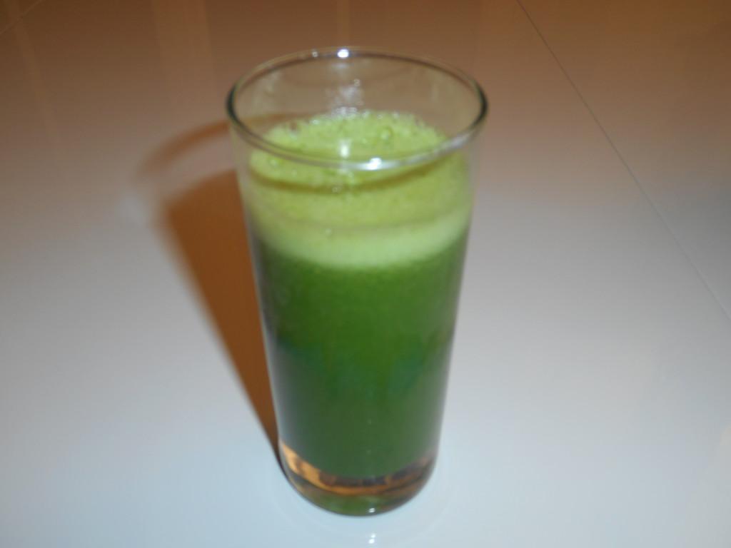 verre de jus vert