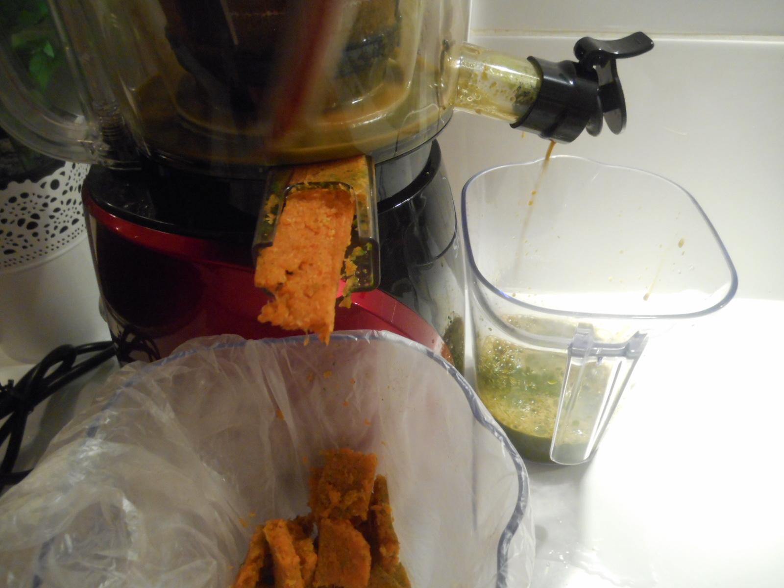 Carottes et pinards pour pr parer les jus de l gumes - Robot pour raper les carottes ...