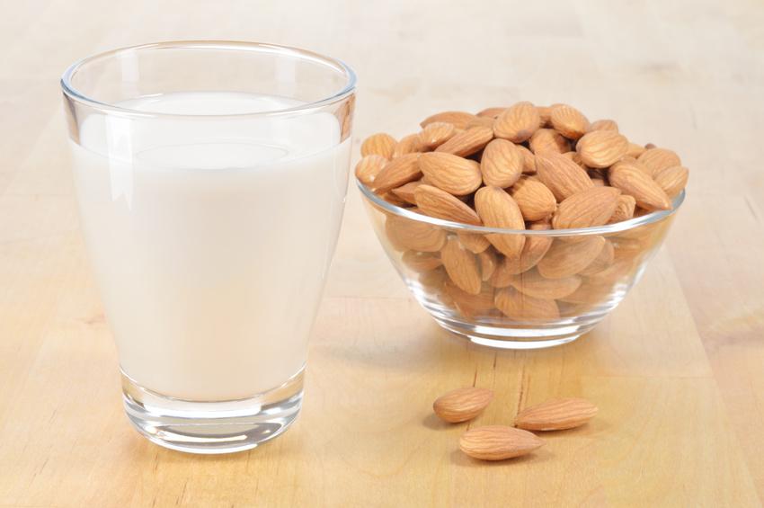 comment-préparer-du-lait-d'amande