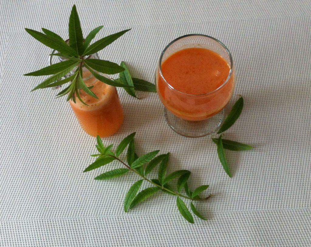 jus-de-légumes-à-la-verveine